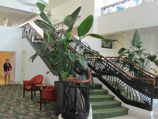 PULLMAN Miami Airport hotel: Lovely for a wedding