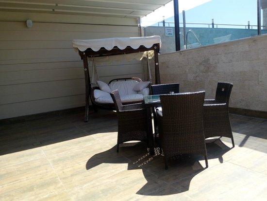DoubleTree by Hilton Izmir - Alsancak: terrace