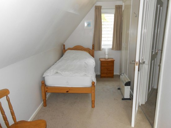 Tolroy Manor Holiday Park: one end of twin room (upstairs)