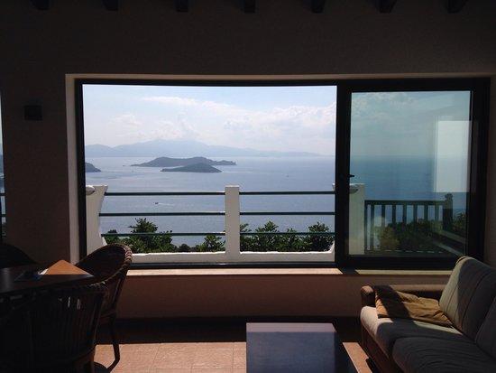 Skiathos Club Hotel Suites: Utsikt från lobbyn