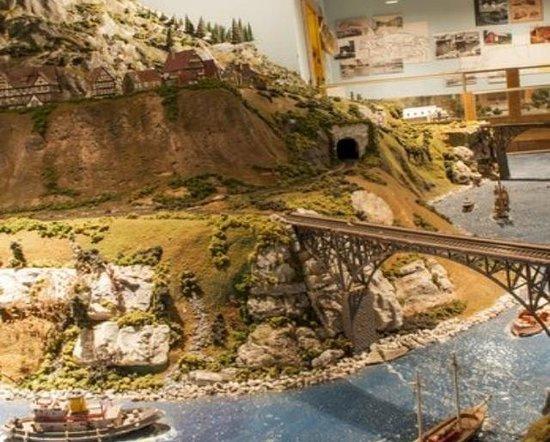 Klickety-Klack Railroad