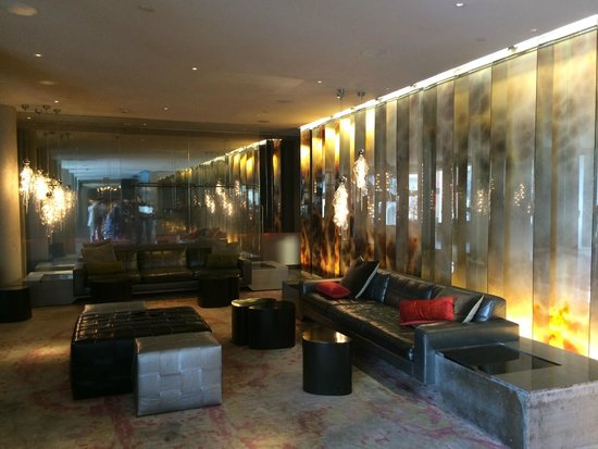 Andaz West Hollywood: a lounge