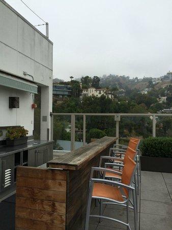 Andaz West Hollywood: pool bar