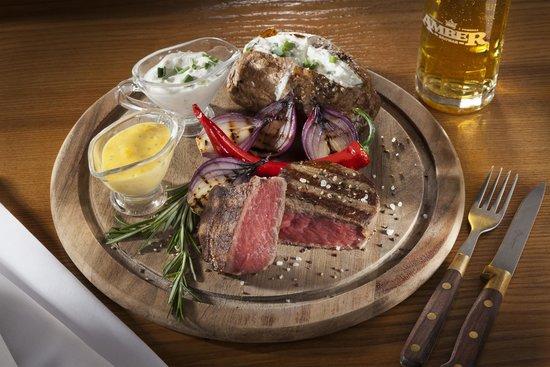 Goldwasser Restaurant: Our delicious steaks