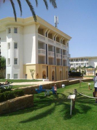Medina Belisaire & Thalasso: The hotel