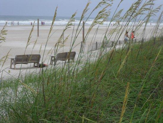 A Place at the Beach III : Beach access