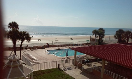 Holiday Inn Hotel & Suites Daytona Beach: vista desde la habitacion