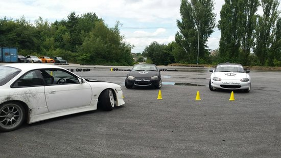 Flatout Factory: The Flat Out Factory 'Skidpan' area