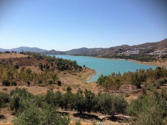 Alojamientos Huetor: Het meer van La Viñuela