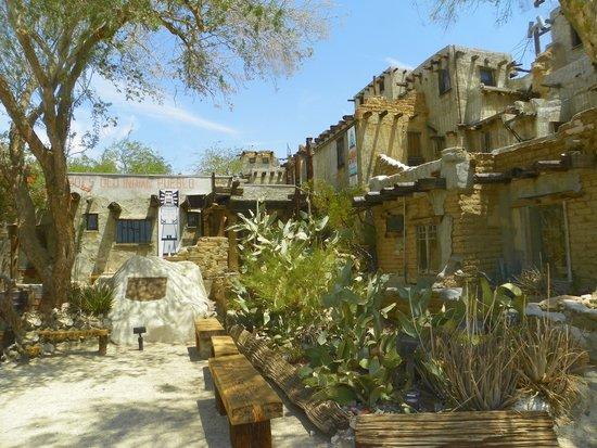 Cabot's Pueblo Museum: Cabot's Pueblo