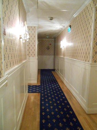 Scandic Gamla Stan: Corridoio verso la nostra camera