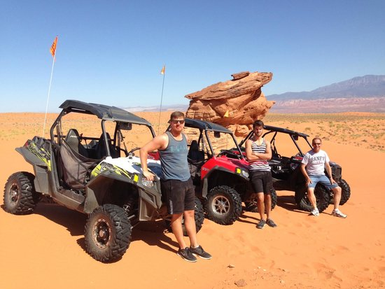 Southern Utah Adventure Center: Fun in the sand!