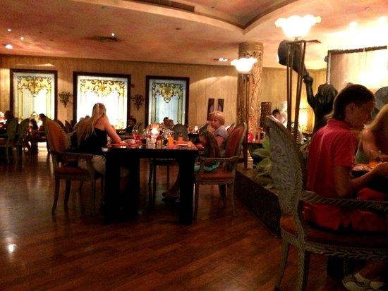 Caribbean World Resorts Soma Bay: italian restaurant