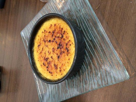Le Vingt4 : Crème caramel, en dessert.