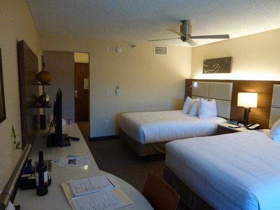 Hyatt Regency Monterey Hotel and Spa on Del Monte Golf Course: Double room
