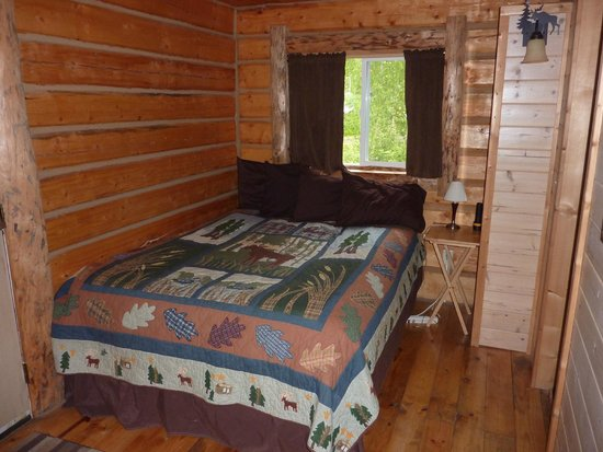 Meandering Moose Lodging: Comfy and warm for two