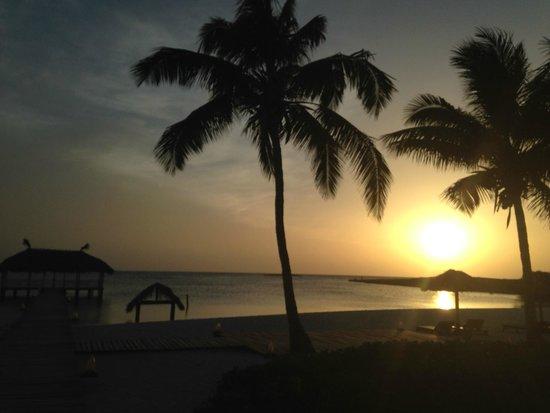 Melia Buenavista: Atardecer en la playa