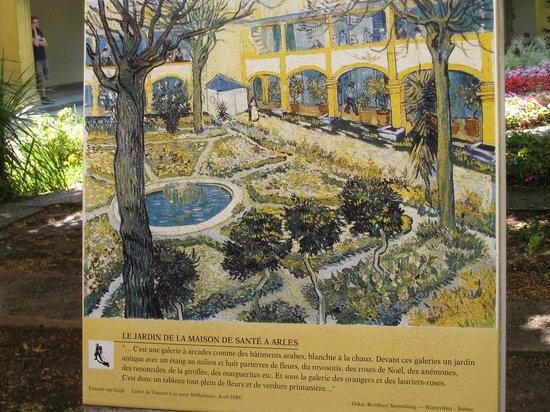Espace Van Gogh: Oleo de Van Gogh del jardín del asilo donde estuvo recluído