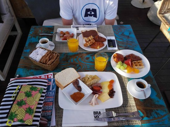 W Barcelona : Bravo restaurant breakfast