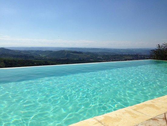Agriturismo Brusalino: La piscina