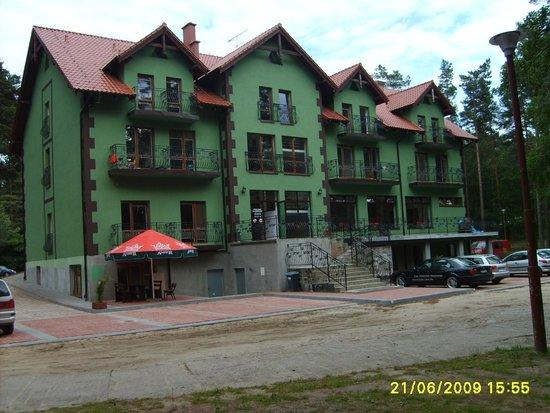 Jantar, Polen: Widok od strony zachodniej , wejście i parking