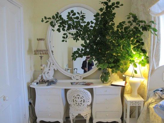 Maranatha Country House : Champaign bedroom
