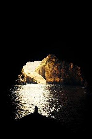 Blue Grotto (Il-Hnejja) : .