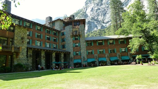 The Majestic Yosemite Hotel: Ahwahnee