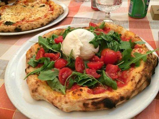 Pizzeria Cristina: Pizza con Burrata Ottima!
