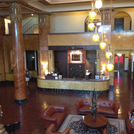 Gadsden Hotel: View of the lobby from the marble staircase