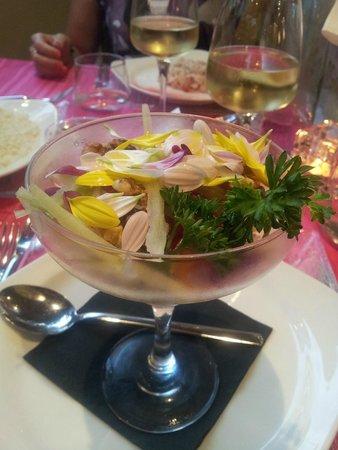 Hotel Perla Verde : la cena... rosa