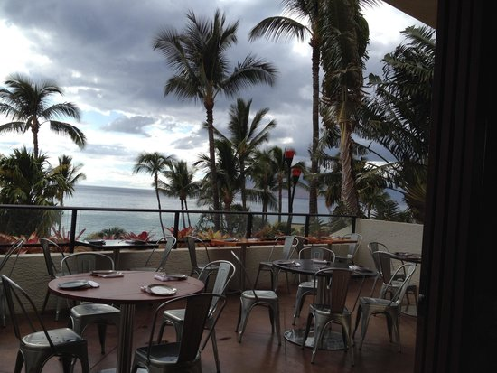 Migrant Maui: View from lounge