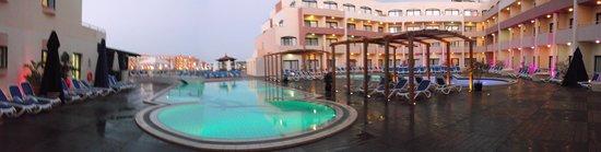 LABRANDA Riviera Premium Resort & Spa : Poolsicht