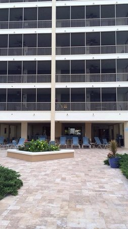 Hilton Grand Vacations Seawatch On The Beach Resort : Pool area