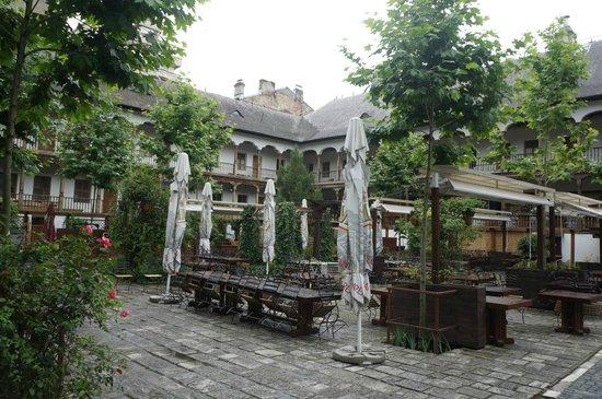 Manuc's Inn (Hanul lui Manuc): The inn in the summer time.