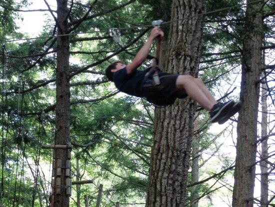 Adirondack Extreme Adventure Course : Ziplining