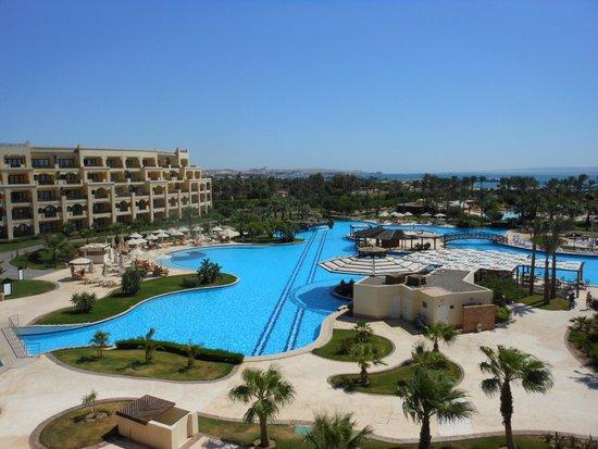Steigenberger Al Dau Beach Hotel: Aussicht von unserer Juniorsuite 4. Stock
