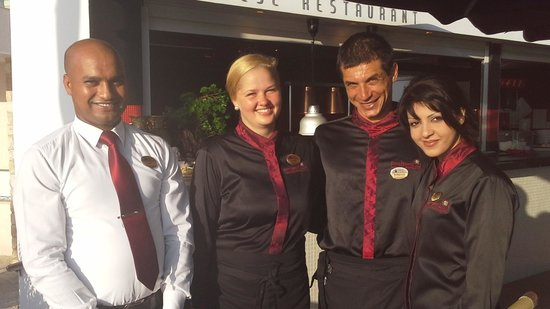 Alexander The Great Beach Hotel: Raj, Sophia, Kirri and Anthea who'll look after you in the Japanese Restaurant