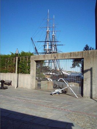 Boston Marriott Long Wharf: USS Constitution