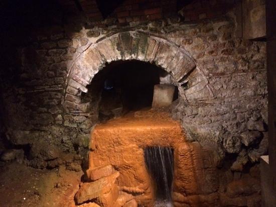 The Roman Baths: hot water