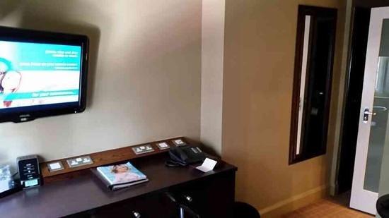 Radisson Blu Edwardian Grafton Hotel : cosy but well equipped