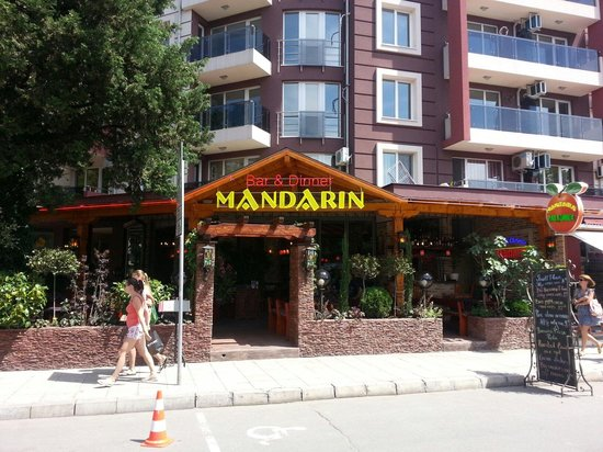 Mandarin Bar and Diner: Can't be missed