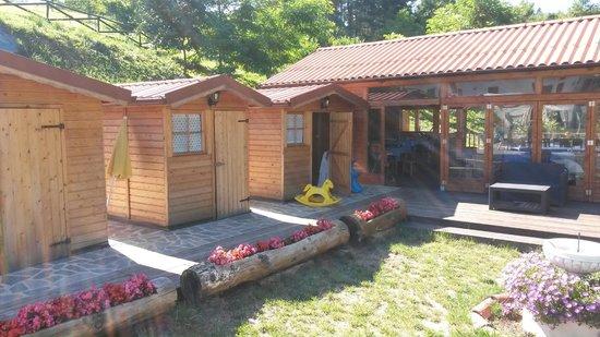 Castellero, İtalya: Lo spogliatoio della piscina