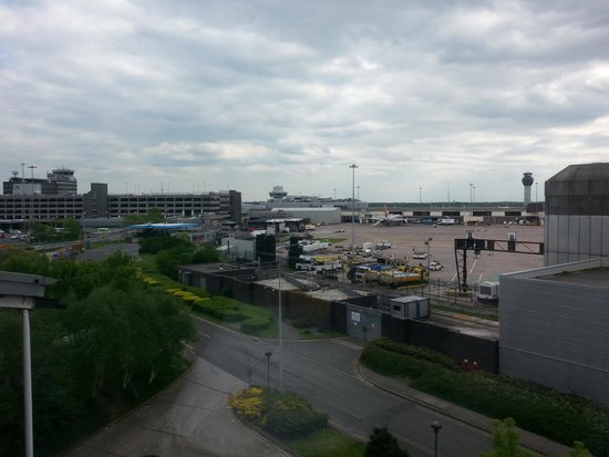 Radisson Blu Hotel, Manchester Airport: View from the room