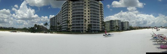 Crystal Sands: Pano from the beach of the building