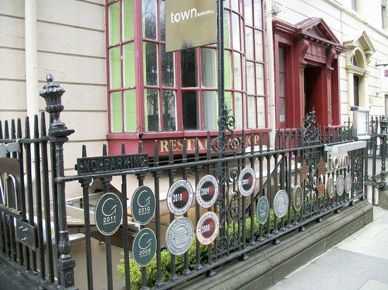 Town Kildare Street: Entrée du restaurant