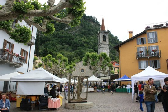 Taxi Boat Varenna - Day Tours: market