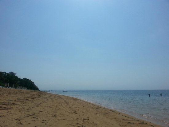 Swiss-Belresort Watu Jimbar: Private beach