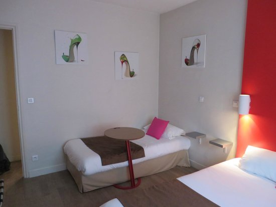 Hotel Ibis Styles Rouen Centre Cathedrale: second bed