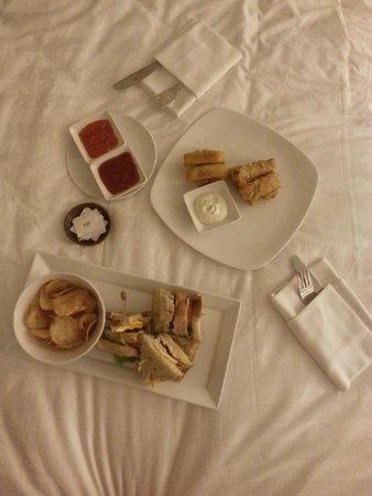 Swiss-Belresort Watu Jimbar: Room service